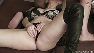 Adorable MILF mature oral porn in the bed