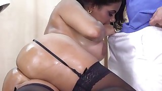 MILF mature massage sex on the table