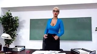 Spanish brazzers blonde MILF and a big cock